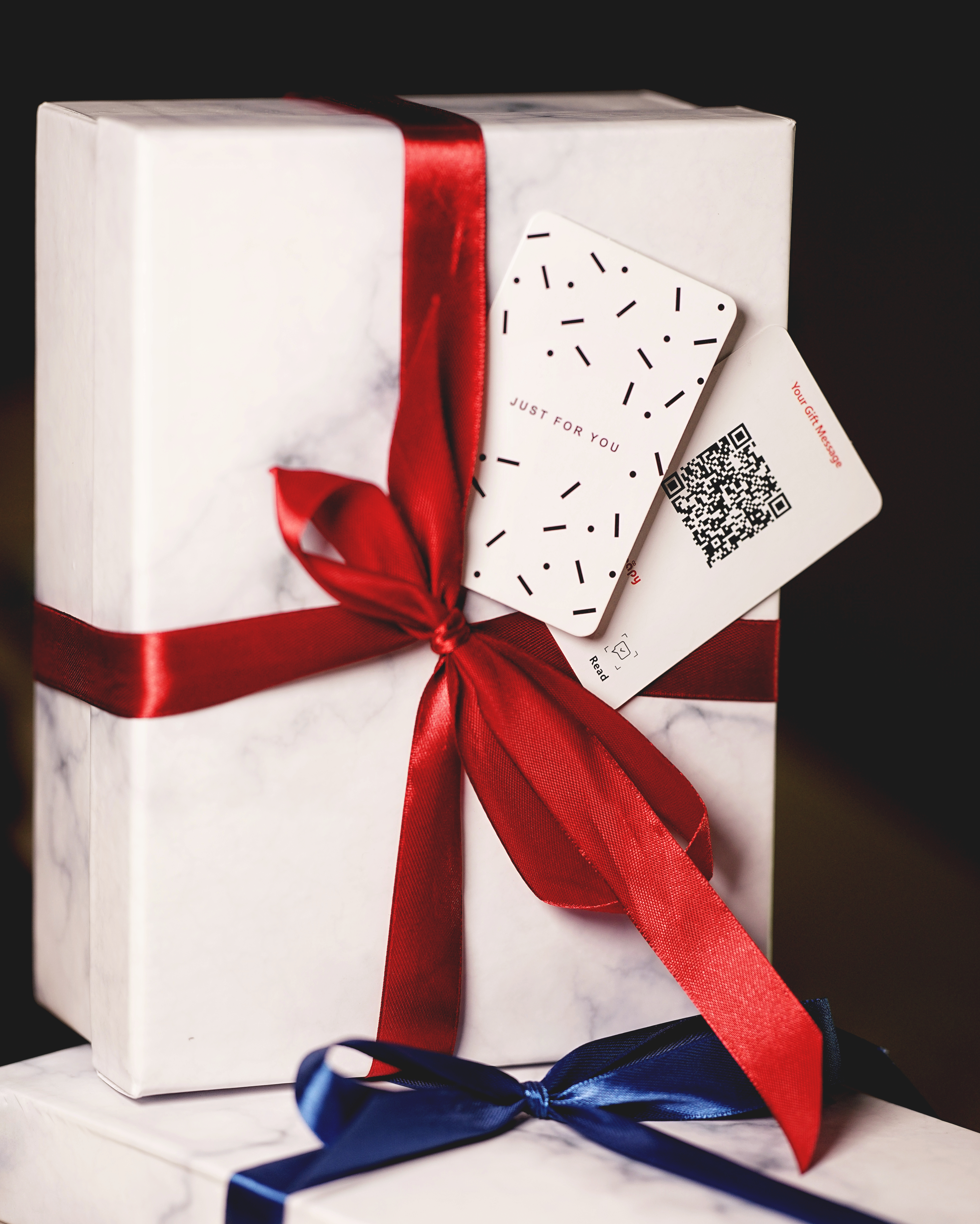 Gift Wrap 8 - Sneapy