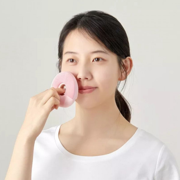 Doco Face Cleanser 4 - Sneapy