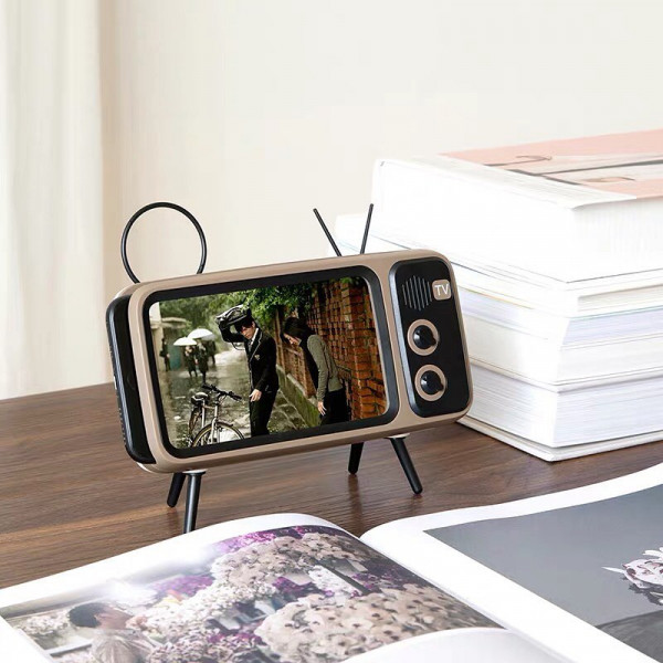 Retro TV Smartphone Holder 3 - Sneapy