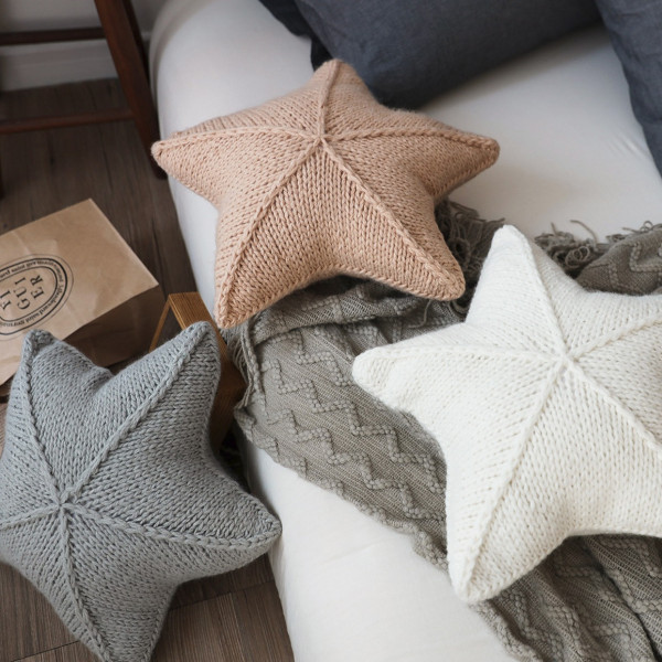 Star Wool Pillow 2 - Sneapy