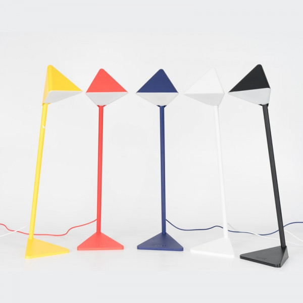 Triangle LED Lamp 6 - Sneapy