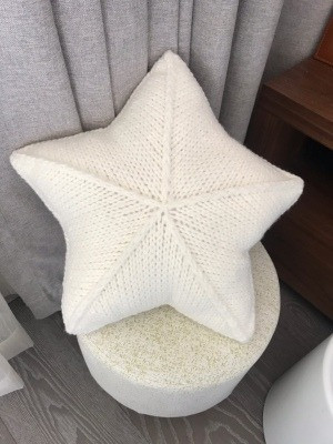 Star Wool Pillow photo review