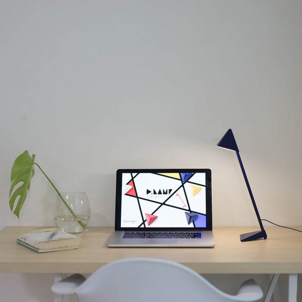 Triangle LED Lamp 5 - Sneapy