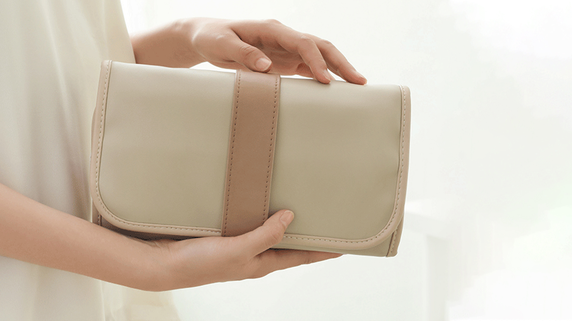 Mino Cosmetic Storage Bag 5 - Sneapy