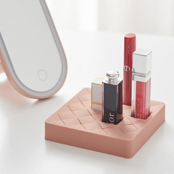 Creative Lipstick Holder 3 - Sneapy